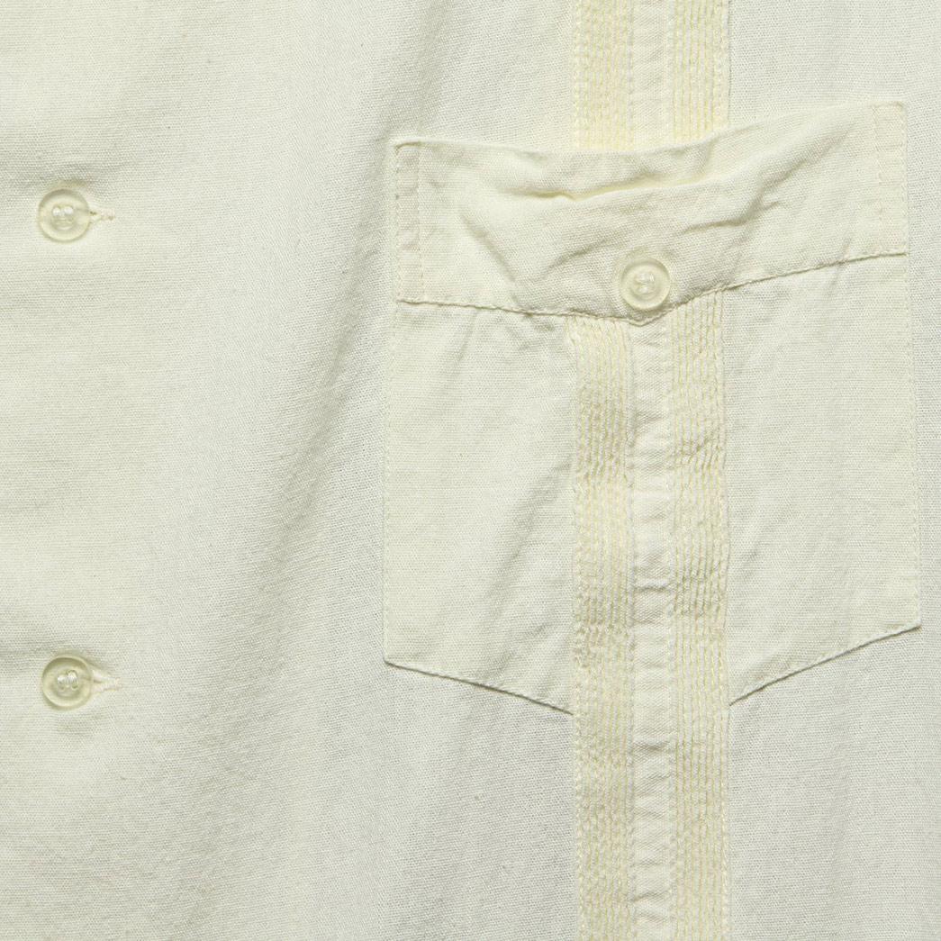 history-of-the-guayabera-shirt-details