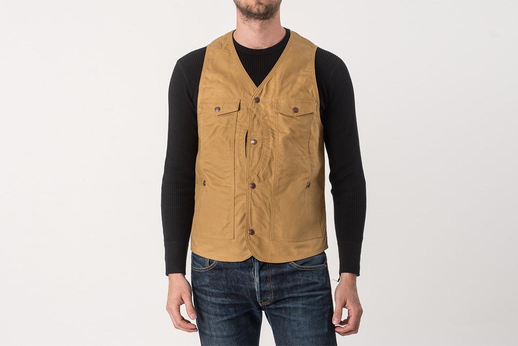 Iron-Heart-Hunting-Vests-model-front-beige