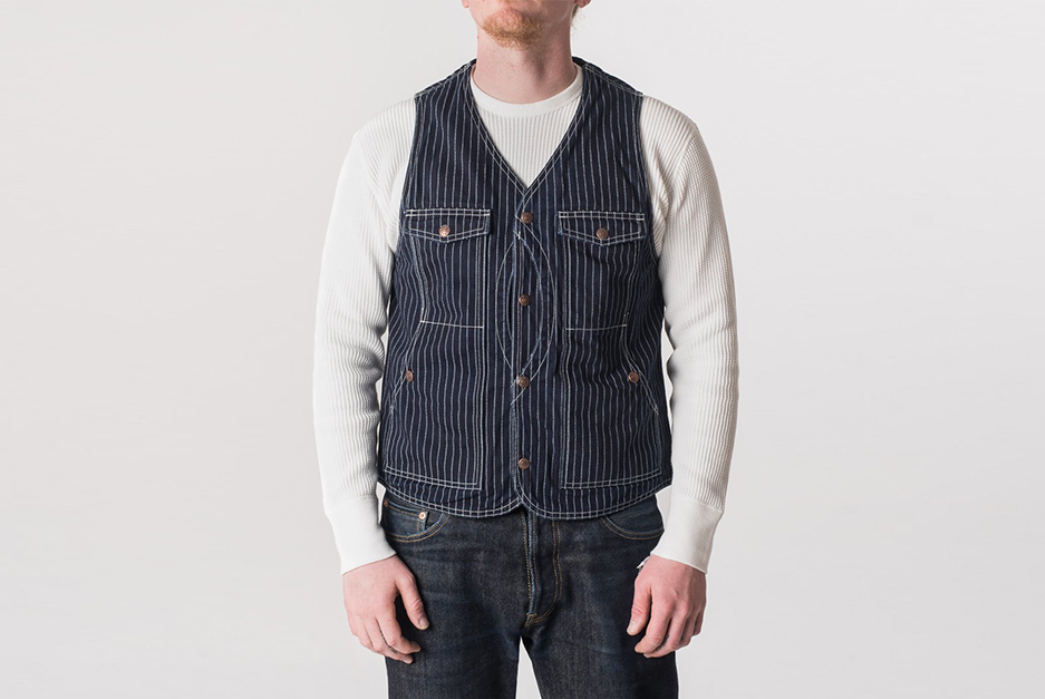 Iron-Heart-Hunting-Vests-model-front-blue