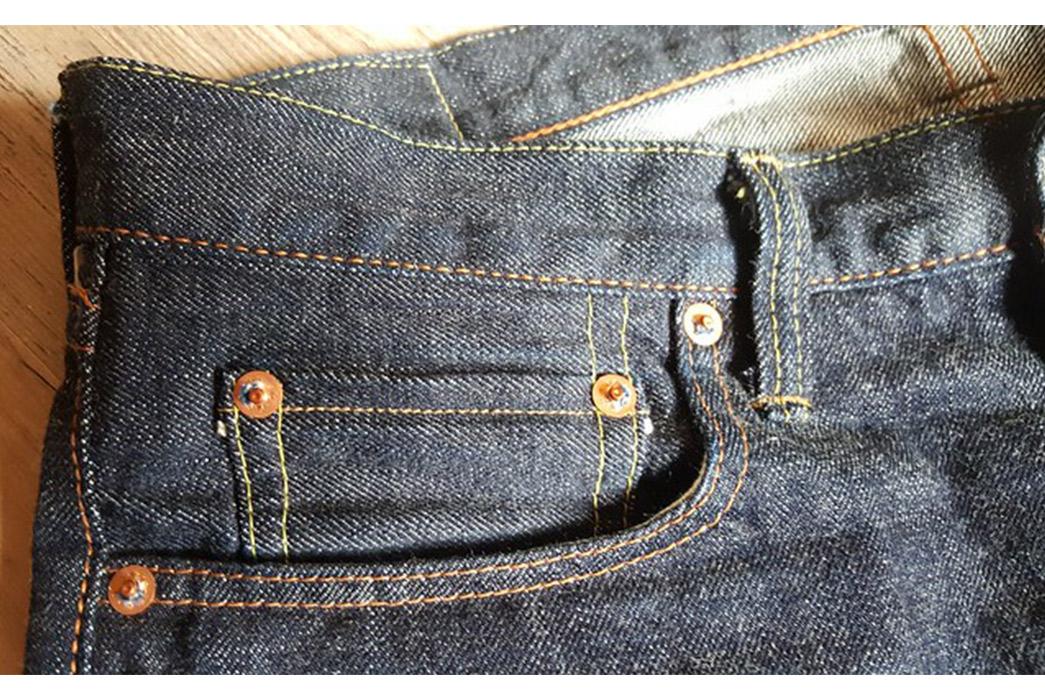 A-Guide-to-Pocket-Types-A-Fullcount-coin-pocket-via-Indigoshrimp.