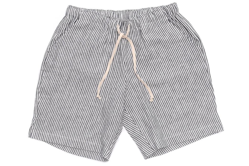 Alex-Crane-Linen-Drawstring-Shorts-black-and-white