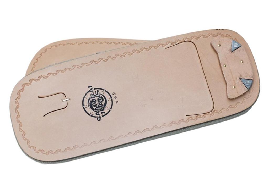 Samurai-Warazori-Setta-Sandals-pair-bottom