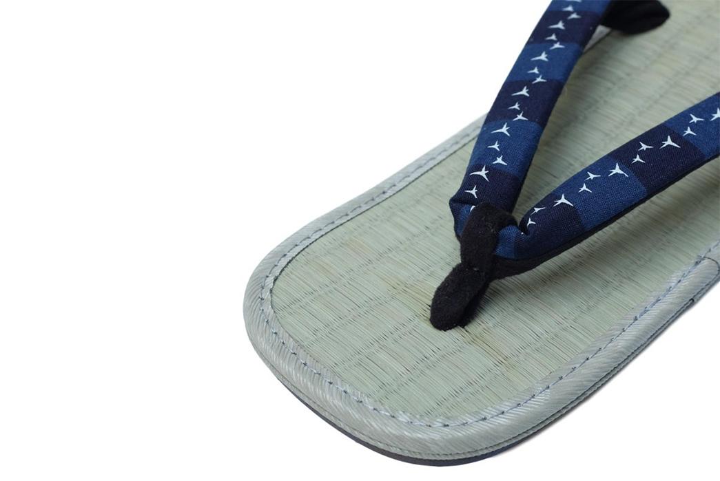 Samurai-Warazori-Setta-Sandals-single-detailed