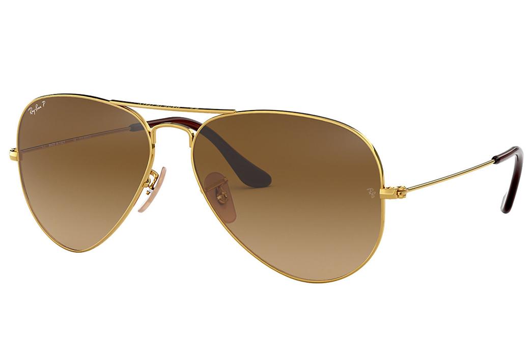 Know-Your-Sunglasses-Aviator,-P3,-Wayfarer,-and-More Ray-Ban Aviator Classic (Image via Sunglass Hut)