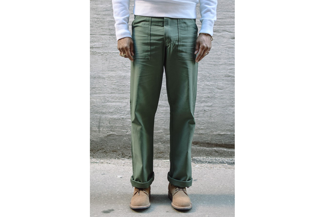 (Semi-)Practical-Hiking-Style-for-the-Non-Serious-Hiker-Earl's-Apparel-Fatigue-Pant.-Image-via-Independence-Chicago.