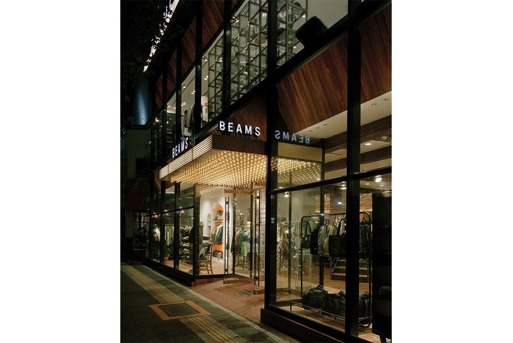 Beams-A-Brand-That-Shaped-Modern-Menswear-BEAMS-Harajuku-(image-via-Japan-Shopping).