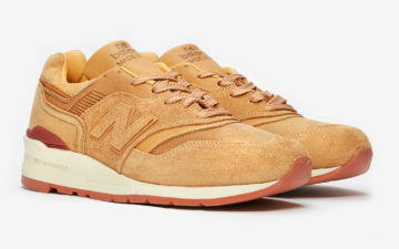 Red-Wing-and-New-Balance-Step-Into-a-Sneaker-Collab-pair-front-side