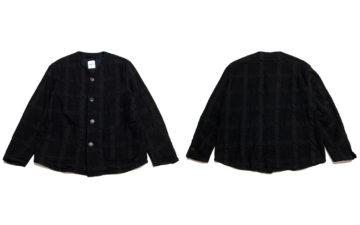 Sage-de-Cret-A-Plainly-Coloured-Jackets-black-front-back