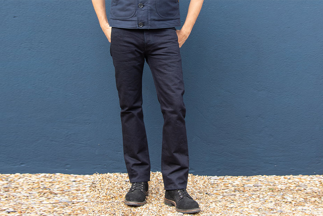 Iron-Heart-Cuts-a-Two-Tone-Selvedge-Denim-model-front