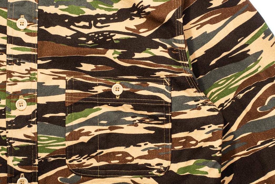 Jelado-CT41140-Mimic-Shirt-Tiger-Duck-Camo-front-pocket-and-shoulder