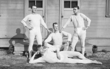 long-underwear-hulton-archive-getty-2