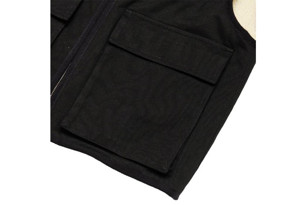 MHL-Work-Vest-front-pocket