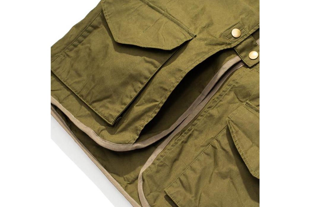 Soundman-Bernard-163M-954O-Vest-green-front-pockets