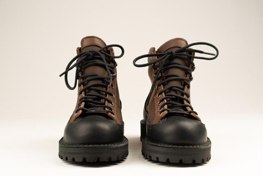 Danner Celebrates 40 Years of Bootmaking With Full Grain Leather and Ballistic Nylon pair front