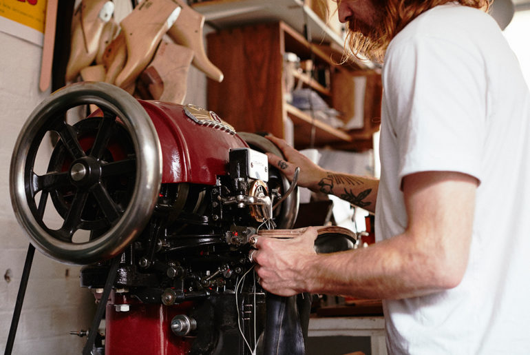 Don't-Throw-Your-Boots-Away-An-Interview-with-Felix-Jouanneau-machine