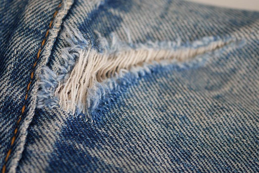 Fade Friday - Denim Error Workwear Jacket Lot 1 (3 years, 1 wash, Unknown Soaks) hole