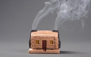 Transform Your Apartment Into a Pine Lodge With Incienso De Santa Fe front smoke