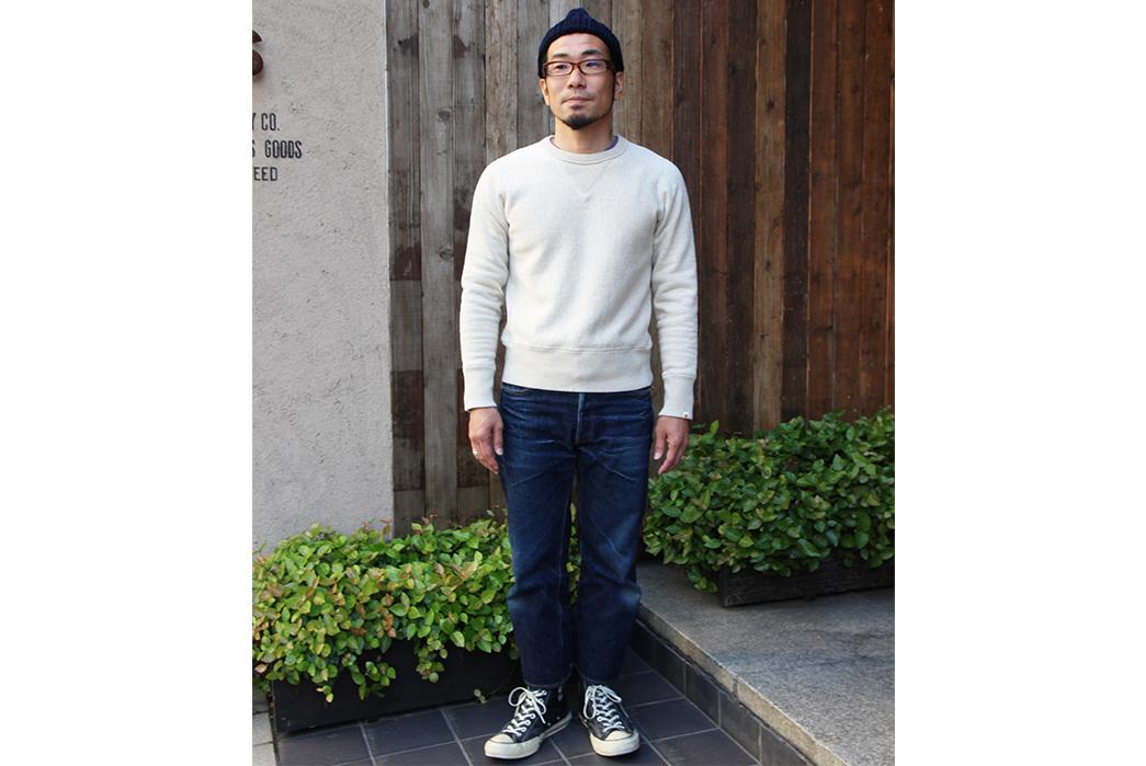 UES-Purcara-Purcara-Sweatshirts-model
