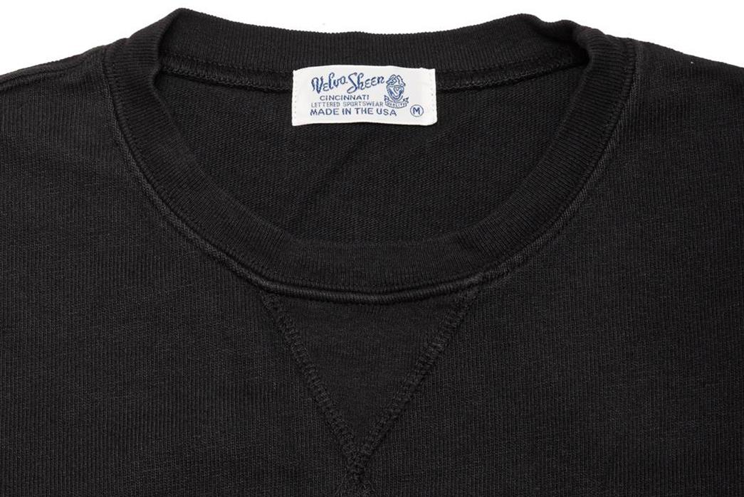 Velva-Sheen-Heavy-Oz-Crewneck-Sweats-black-front-top-collar