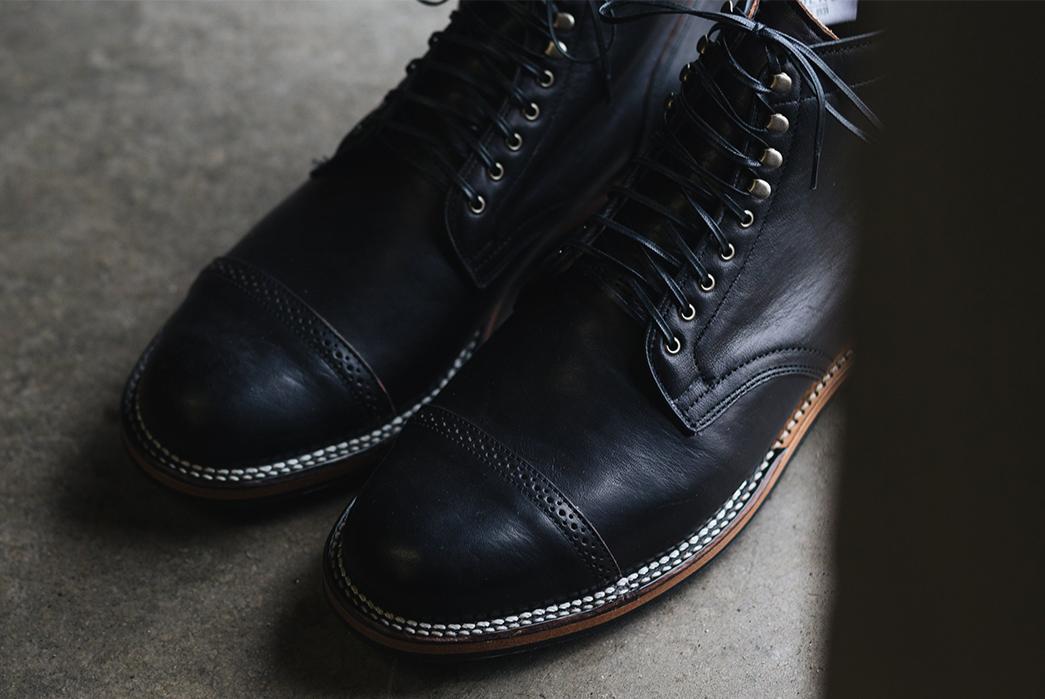 Viberg-Drop-4-black-pair-detailed
