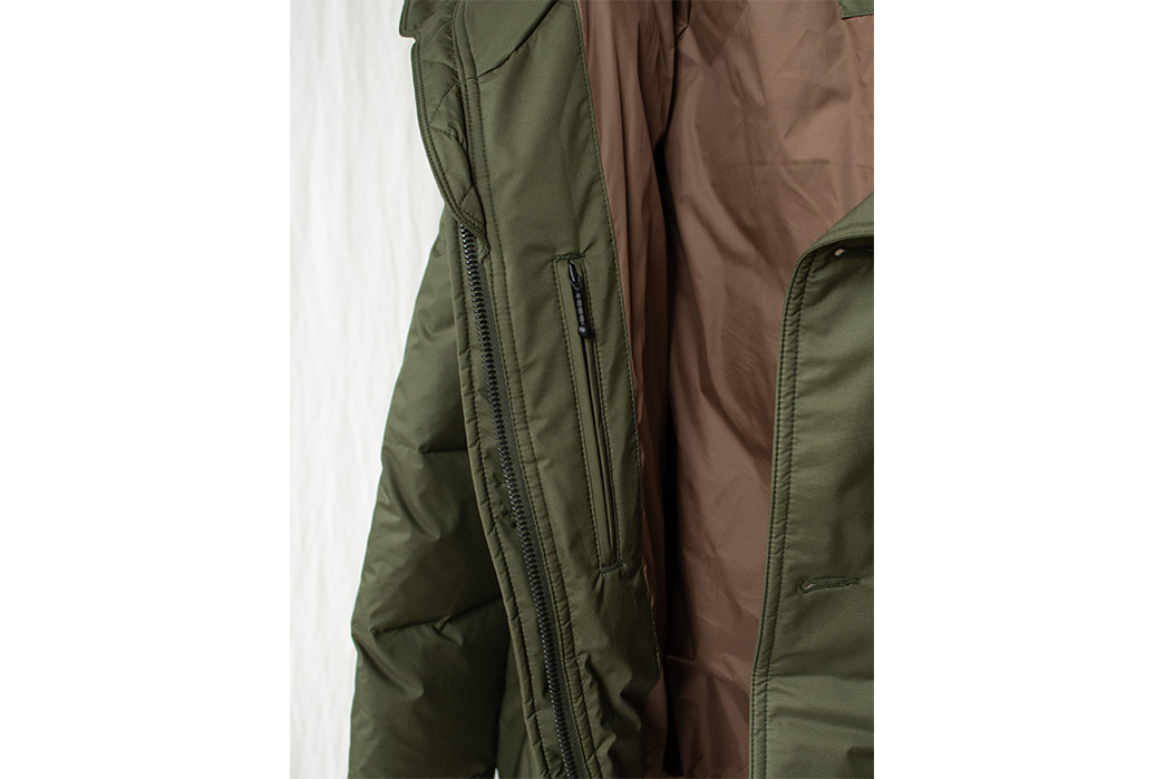 Eastlogue-Gets-Down-With-Olive-Ripstop-For-Its-Utility-Shield-Parka-detailed