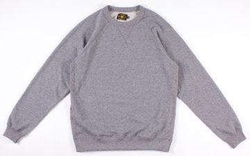 Season-Your-Wardrobe-With-North-American-Quality-Purveyor's-Salt-&-Pepper-Rundle-Raglan-Crewneck-front