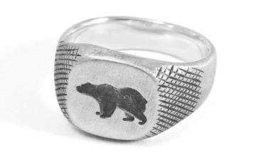877-Workshop-Crafts-A-Signet-Ring-For-Ondura