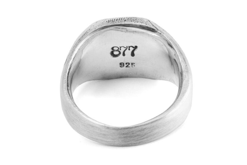 877-Workshop-Crafts-A-Signet-Ring-For-Ondura-inside