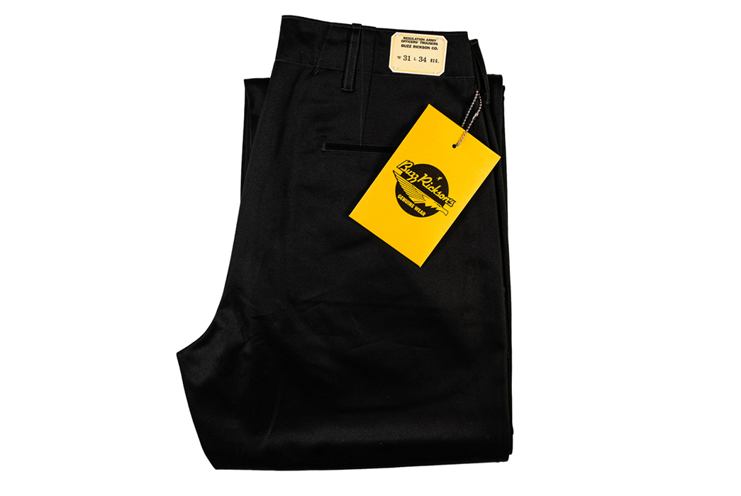 Buzz-Rickson's-Channels-William-Gibson's-Dark-Science-Fiction-With-'Very-Black'-Chinos-folded