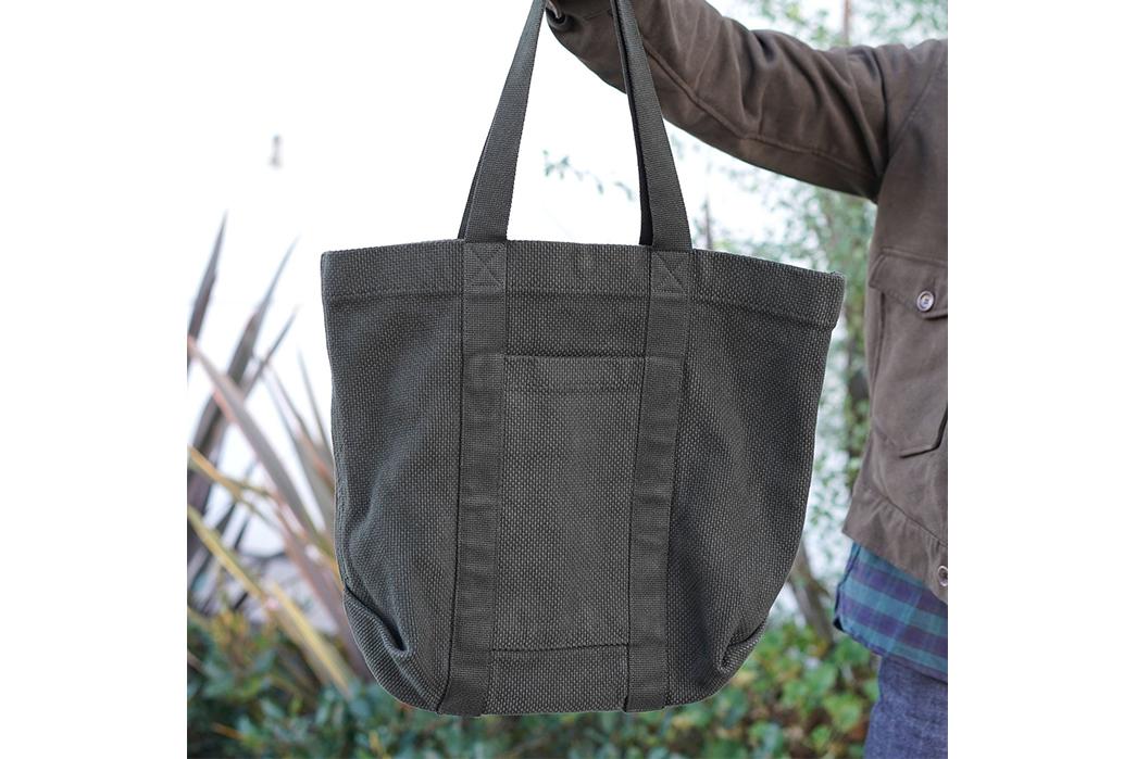 Epaulet-Crafts-a-Super-Heavyweight-Sashiko-Tote-Bag