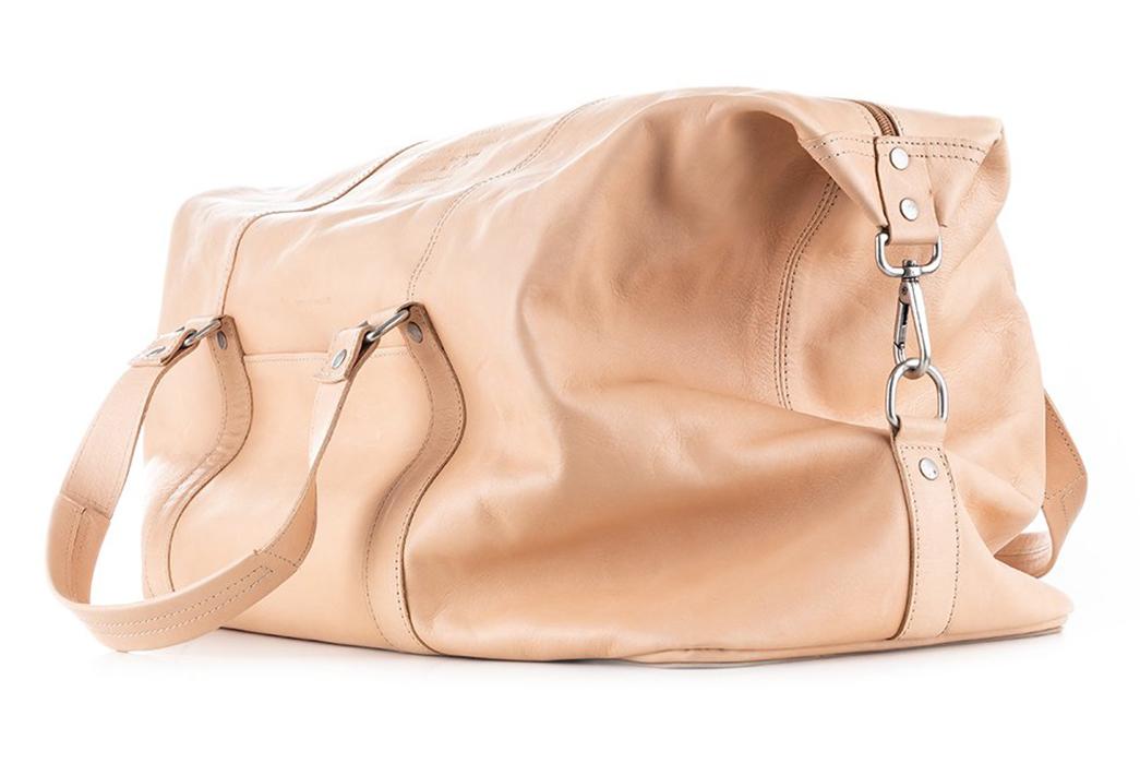 Butts-&-Shoulders-Vegetable-Tanned-Weekend-Bag-side