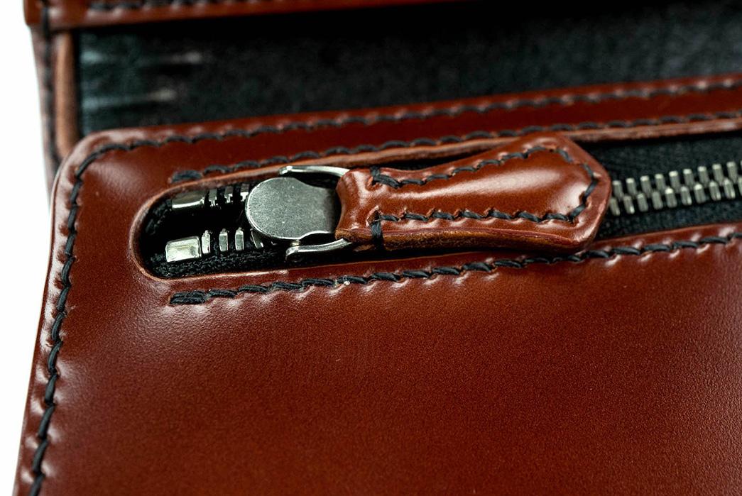 The-Flat-Head-Semi-Long-Cordovan-Wallet-zipper