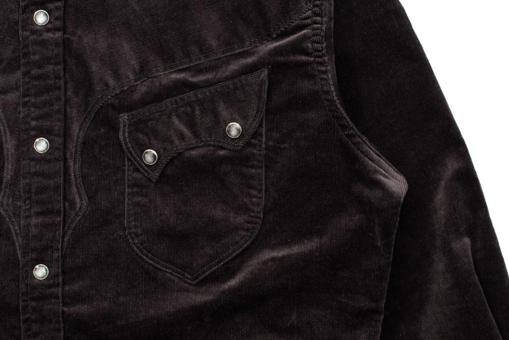 Stevenson-Overall-Co.-Fires-Up-a-Charcoal-Corduroy-Western-Shirt-front-pocket-and-buttons