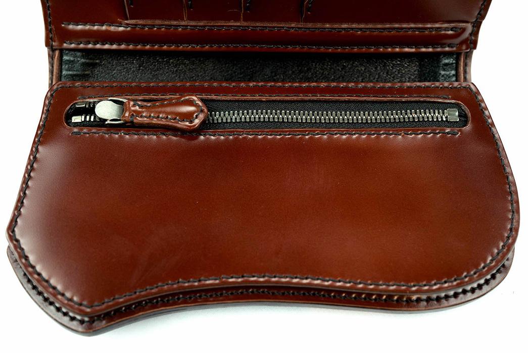The-Flat-Head-Semi-Long-Cordovan-Wallet-front-open-zipper