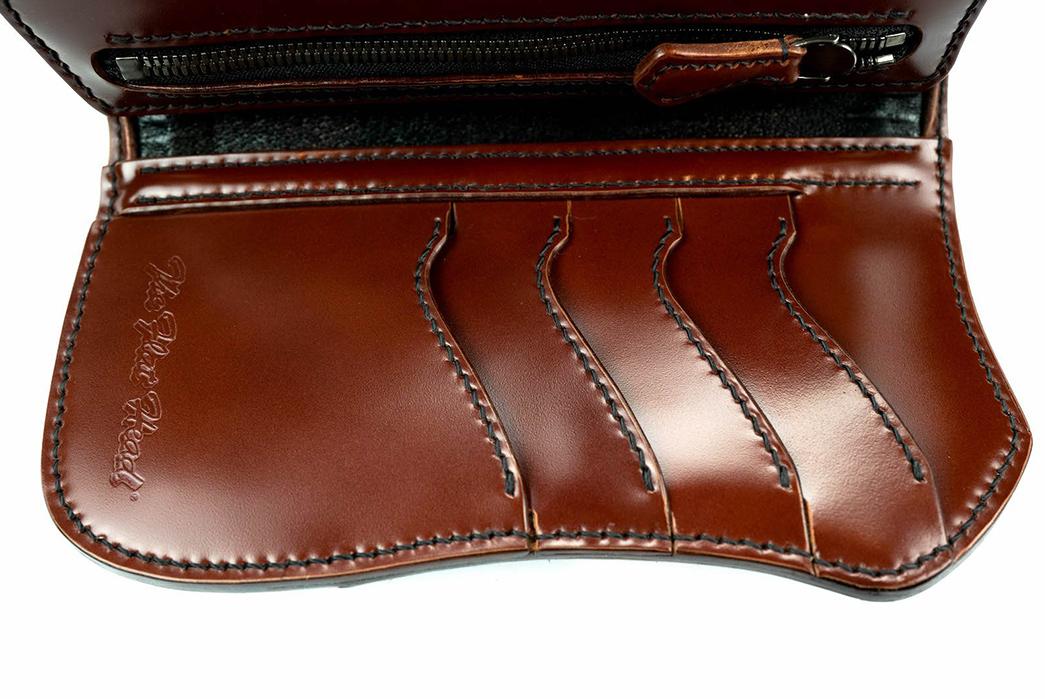 The-Flat-Head-Semi-Long-Cordovan-Wallet-front-open