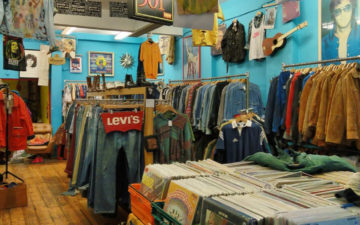 A-General-Guide-to-Vintage-Clothing