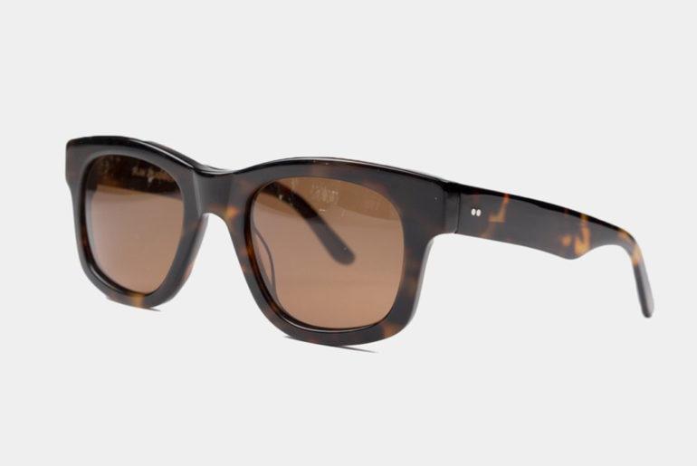 Sun-Buddies-Cuts-Its-Bibi-Frames-In-Tortoiseshell-Italian-Acetate</a>