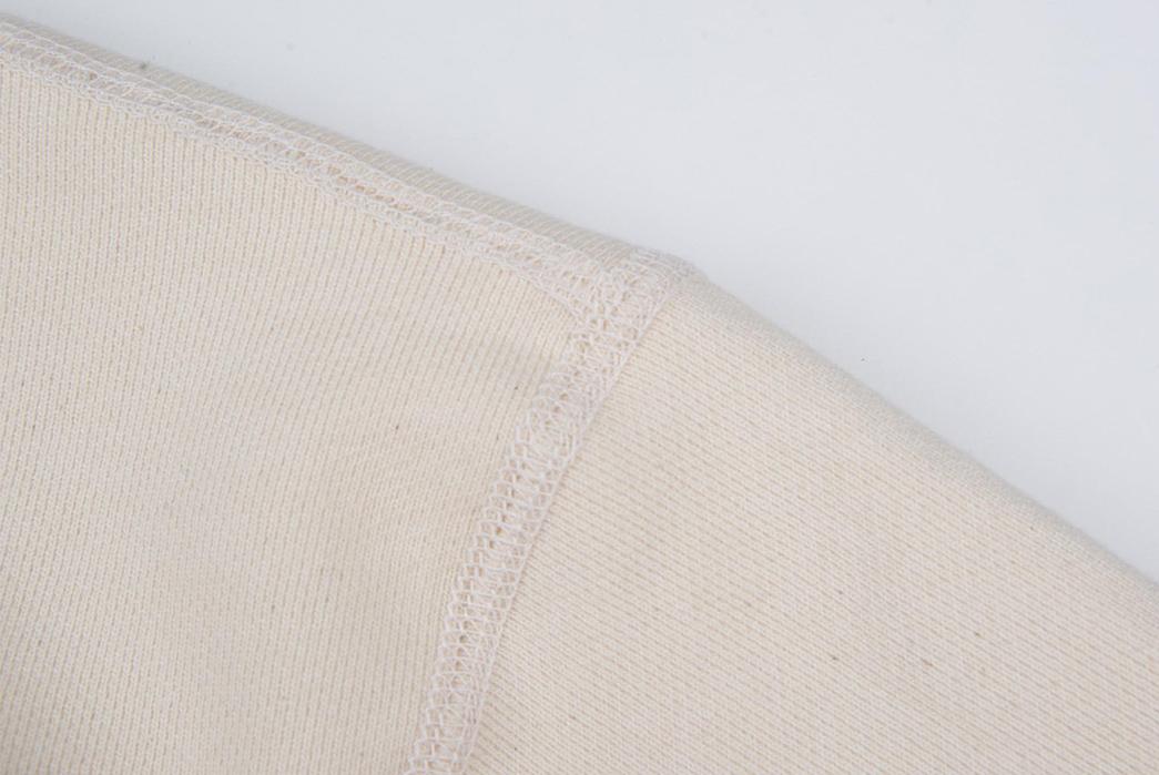 All-Hands-on-Freenote-Cloth's-Deck-Sweatshirt-shoulder