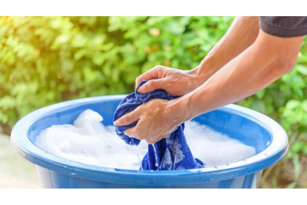How-To-Do-Your-Laundry-Without-a-Washing-Machine-Handwash.-Image-via-Homesteadingcom
