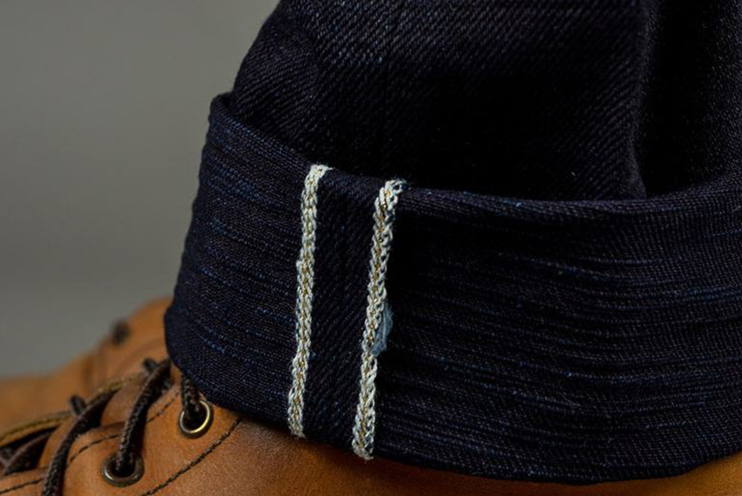 Double-Your-Fade-Potential-The-Strike-Gold's-5004ID-Double-Indigo-Jeans-leg-selvedge