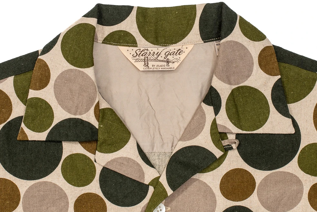 Jelado-Channels-1950s-Hollywood-With-a-Bubbly-Open-Collar-Shirt-green-front-collar