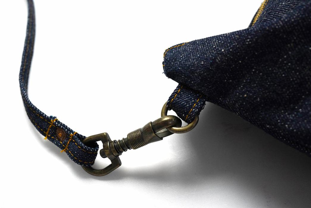 Samurai-Wields-a-17-oz.-Denim-Tool-Bag-buckle