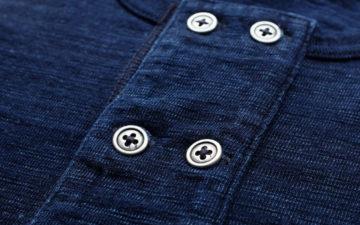 Short-Sleeve-Indigo-Henleys---Five-Plus-One-Plus-One---Pure-Blue-Japan-Short-Sleeve-Indigo-Double-Button-Henley-buttons