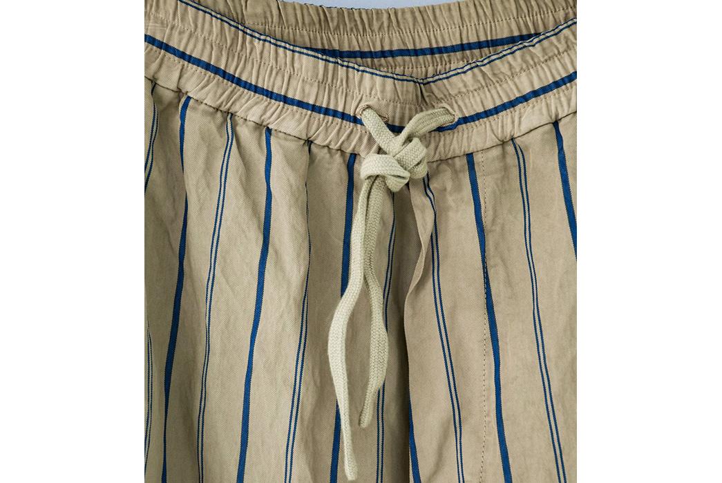 Barena-Weaves-Metallic-Fibers-Into-Its-Bativoga-Trousers-front-top