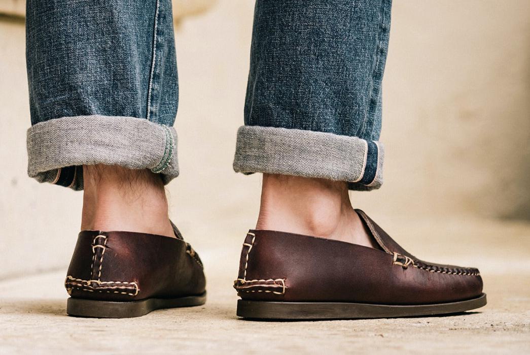 Oak-Street-Bootmakers-Slips-Into-Horween-Chromepak-Moccasins-brown-pair-model-back