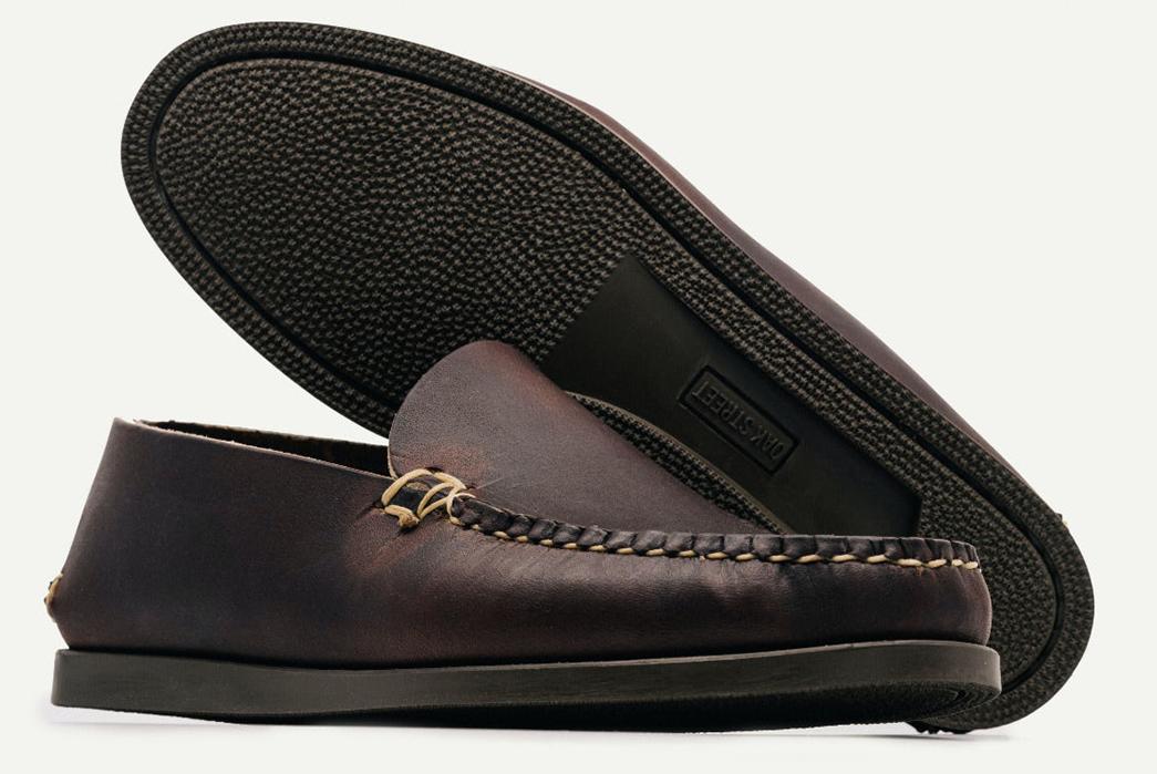 Oak-Street-Bootmakers-Slips-Into-Horween-Chromepak-Moccasins-brown-pair-side-and-bottom