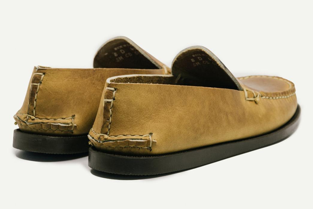 Oak-Street-Bootmakers-Slips-Into-Horween-Chromepak-Moccasins-natural-pair-back-side-and-bottom