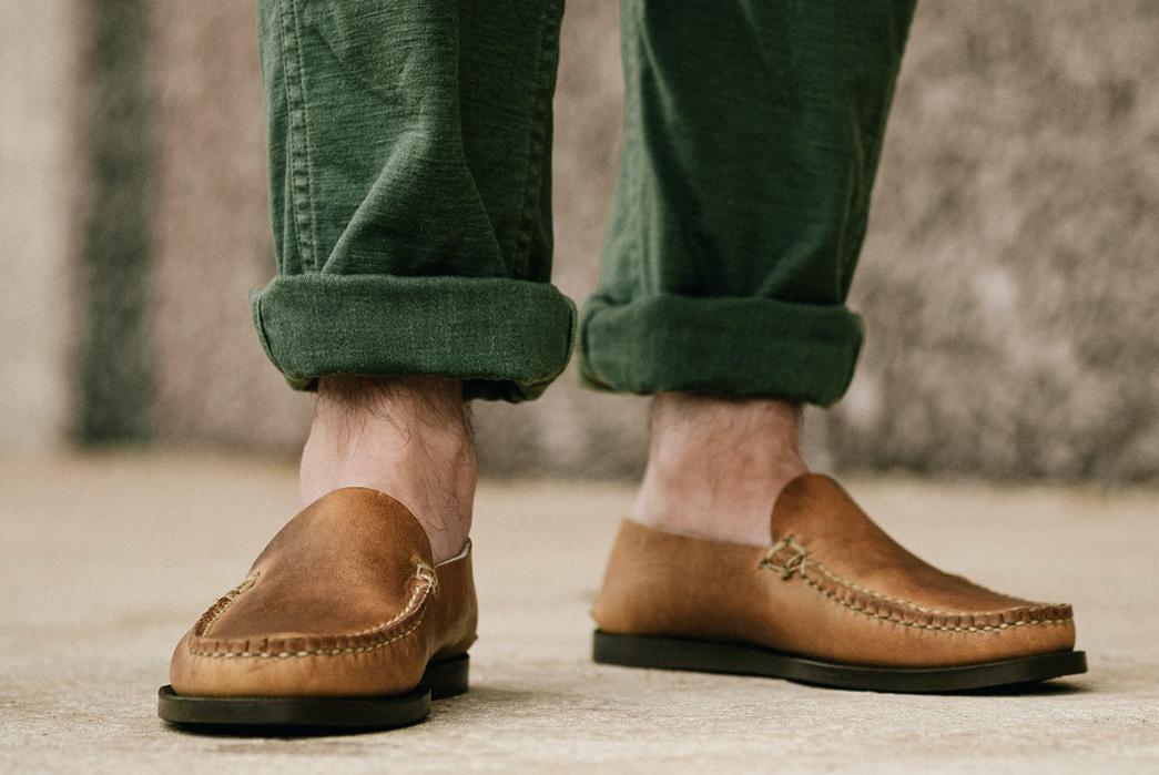 Oak-Street-Bootmakers-Slips-Into-Horween-Chromepak-Moccasins-natural-pair-model-front
