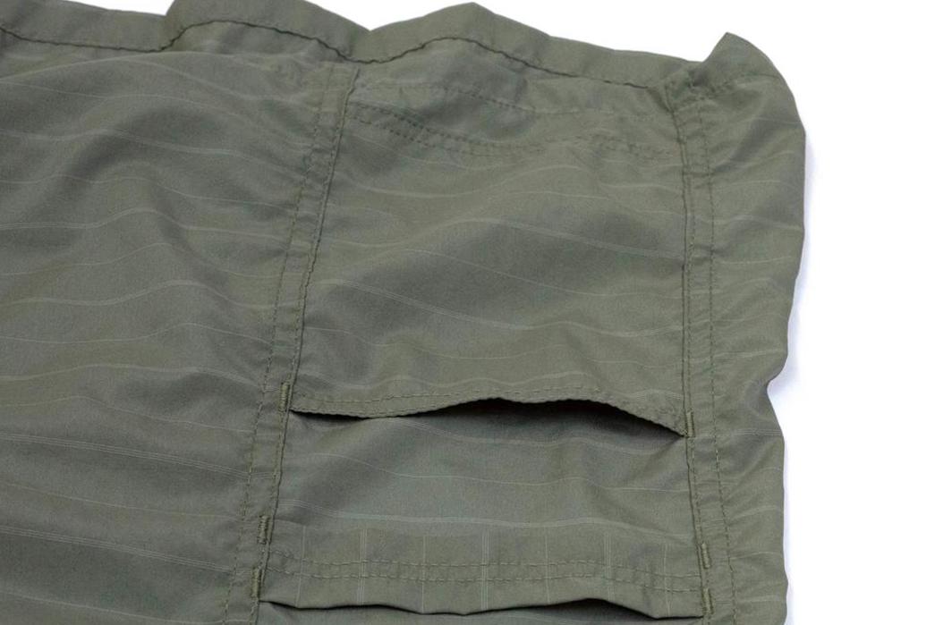 Prune-Your-Wardrobe-To-Make-Space-For-The-Sassafrass-Olive-Gardener-Half-Shirt-pockets