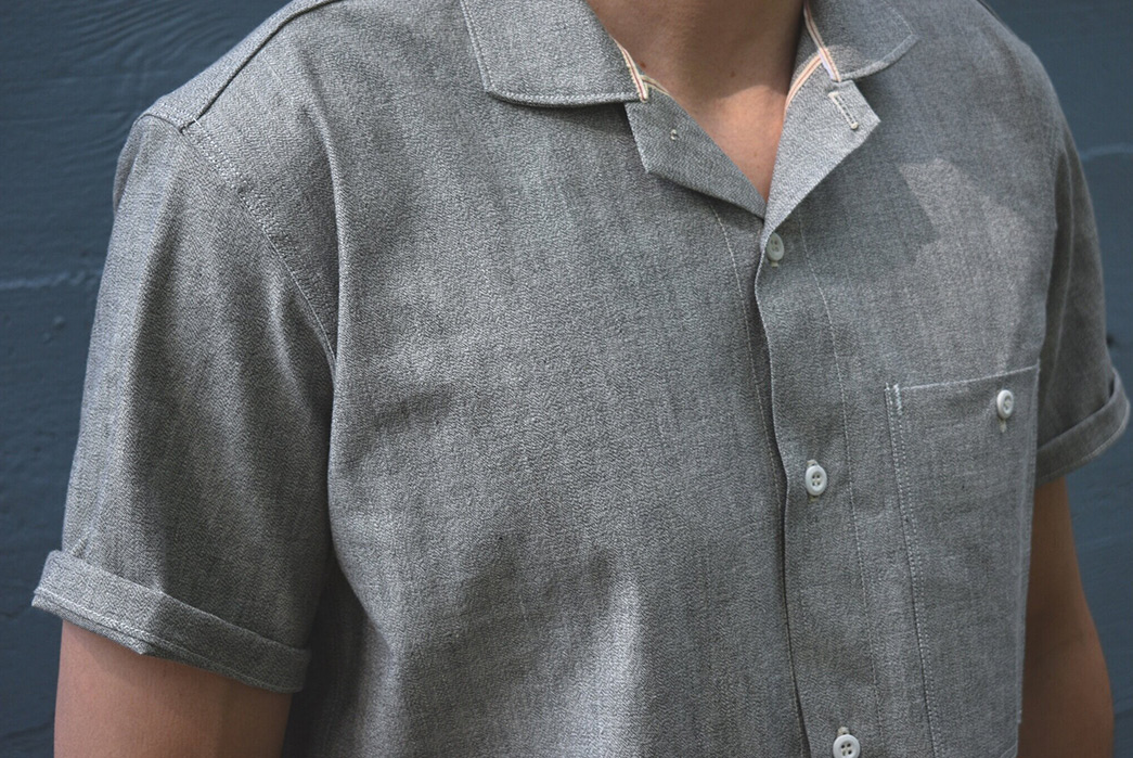 Grease-Point-Workwear-Updates-Its-Mechanic-Shirt-With-Three-Charming-New-Fabrics-grey-front-detailed
